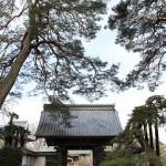 客様とお見積りの為、高崎市下滝町の慈眼寺様へ行きました。