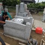 今日は、お客様に群馬県北群馬郡吉岡町漆原の、よしおか墓苑をご案内しています。