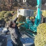 今日は前橋市営の嶺霊園にて、新規墓石工事です。