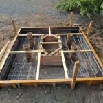 今日は、高崎市の光雲寺様にてお墓の基礎工事です。