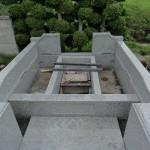 今日は、群馬県の東吾妻町でお墓の工事です。
