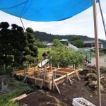 今日は、群馬県吾妻郡東吾妻町でお墓の基礎工事です。