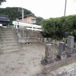 群馬県桐生市境野町で、お墓じまい工事(解体、撤去)です。