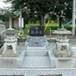 群馬県高崎市にて、お墓のリフォーム工事をしました。墓地のまわりに擁壁工事をして、低かった墓地を高くしました。